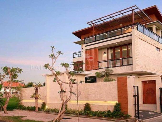 Villa à vendre à Cemagi Bali FH-0006 f-min