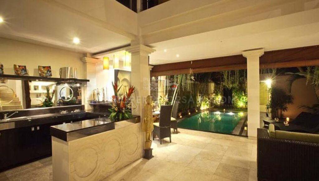 Batu Belig Bali villa for lease FL6004 d