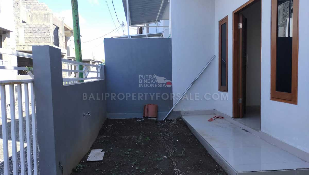 Denpasar-Bali-house-for-sale-MWB-6011-e