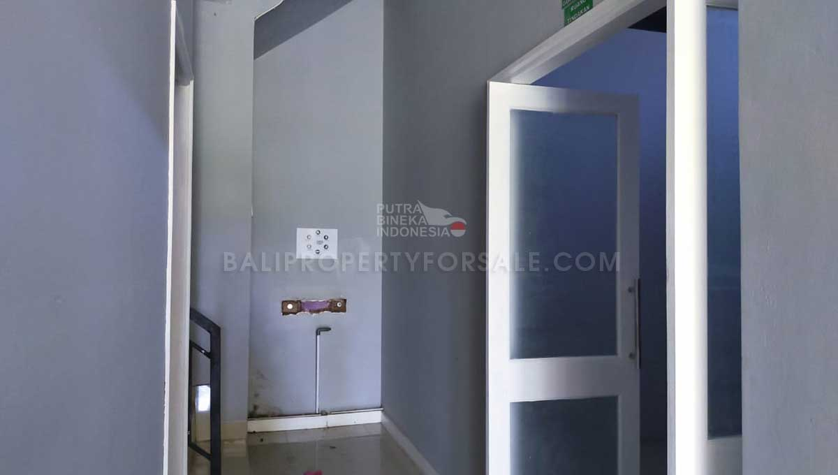 Kediri-Bali-shop-for-sale-MWB-6013-m