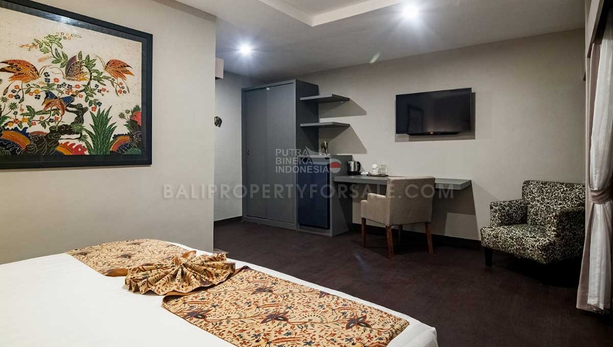 Mengwi-Bali-guesthouse-for-sale-FH-0102-b-min