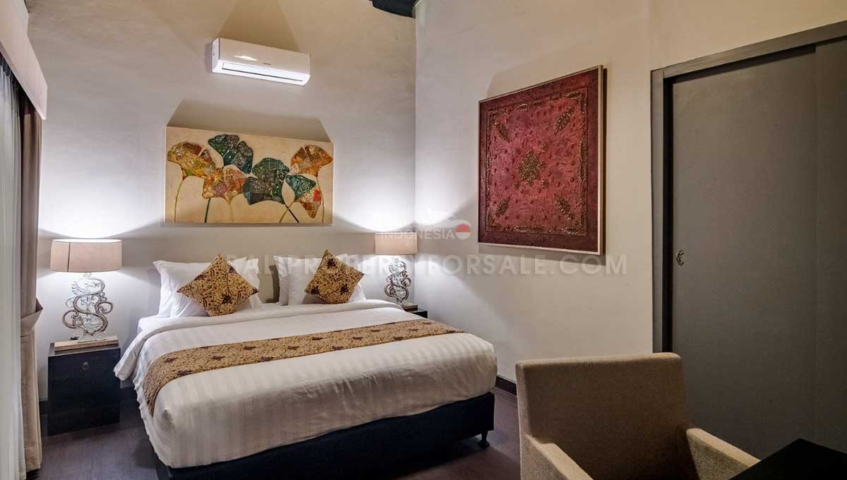 Mengwi-Bali-guesthouse-for-sale-FH-0102-f-min