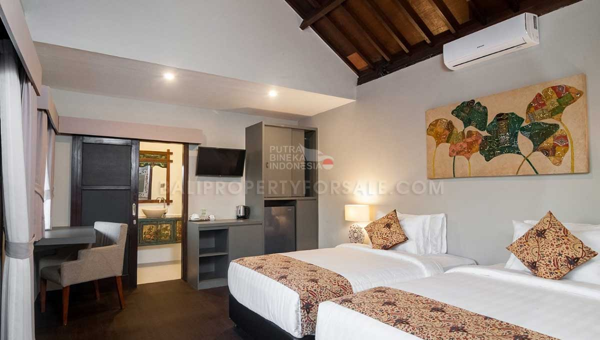 Mengwi-Bali-guesthouse-for-sale-FH-0102-h-min