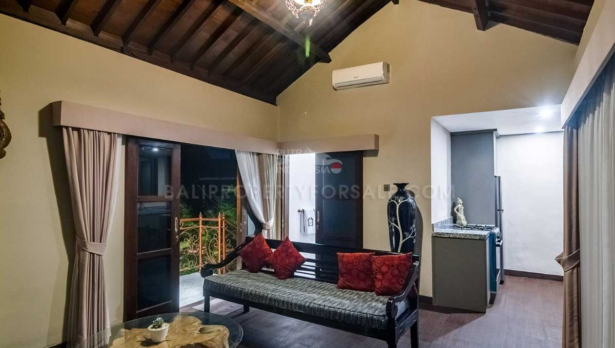 Mengwi-Bali-guesthouse-for-sale-FH-0102-i-min
