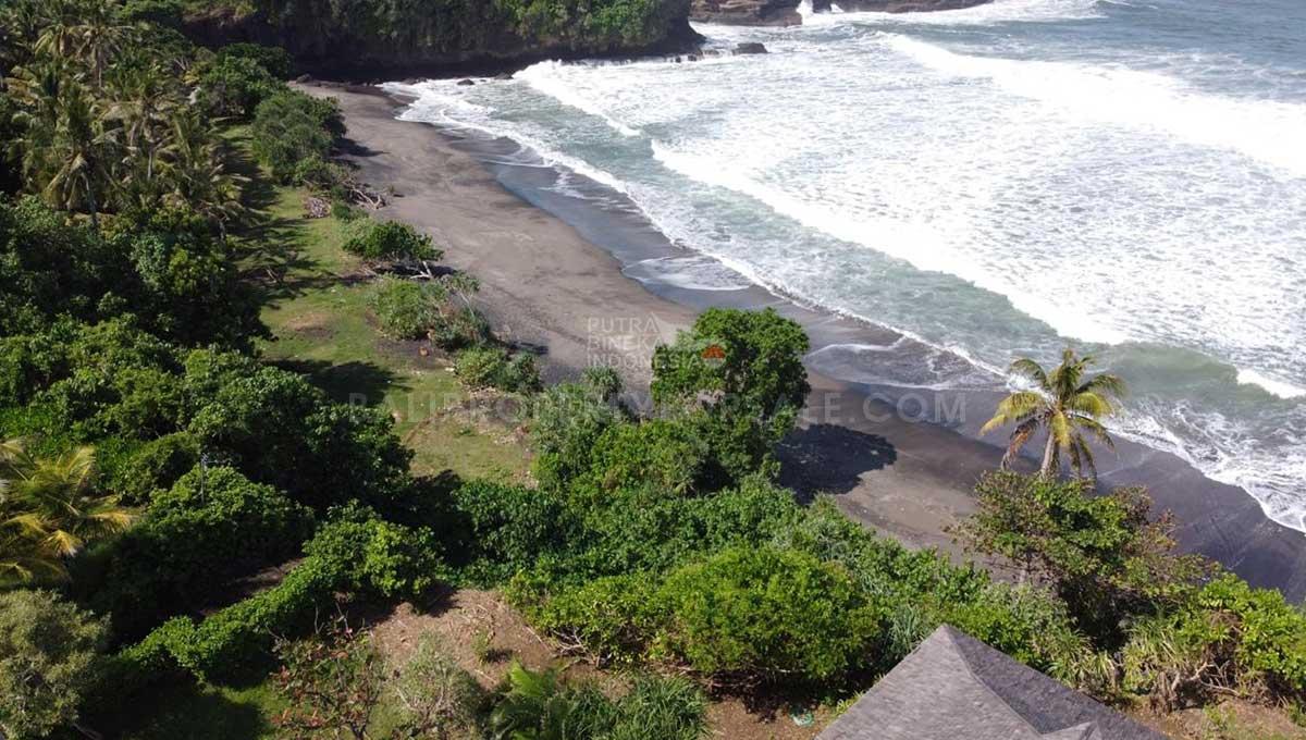 Selemadeg-Bali-resort-for-sale-FH-0110-b-min