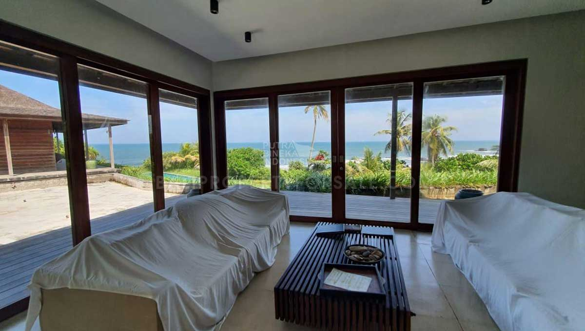 Selemadeg-Bali-resort-for-sale-FH-0110-d-min