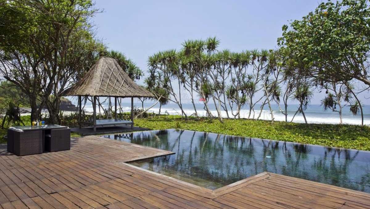 Selemadeg-Bali-resort-for-sale-FH--0111-12-min
