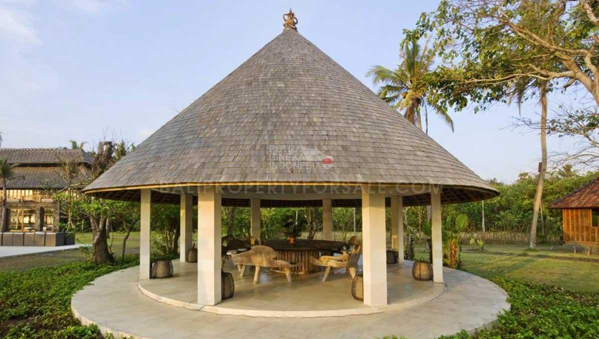 Selemadeg-Bali-resort-for-sale-FH--0111-3-min