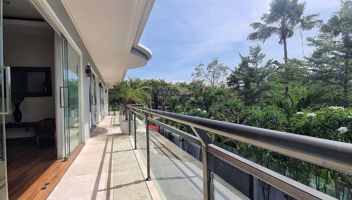 Seminyak-Bali-villa-for-sale-FH-0135-d-min