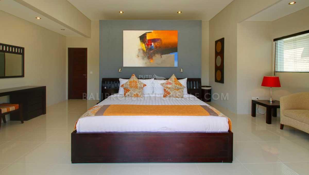 Berawa-Bali-villa-for-sale-FH-0264-b-min