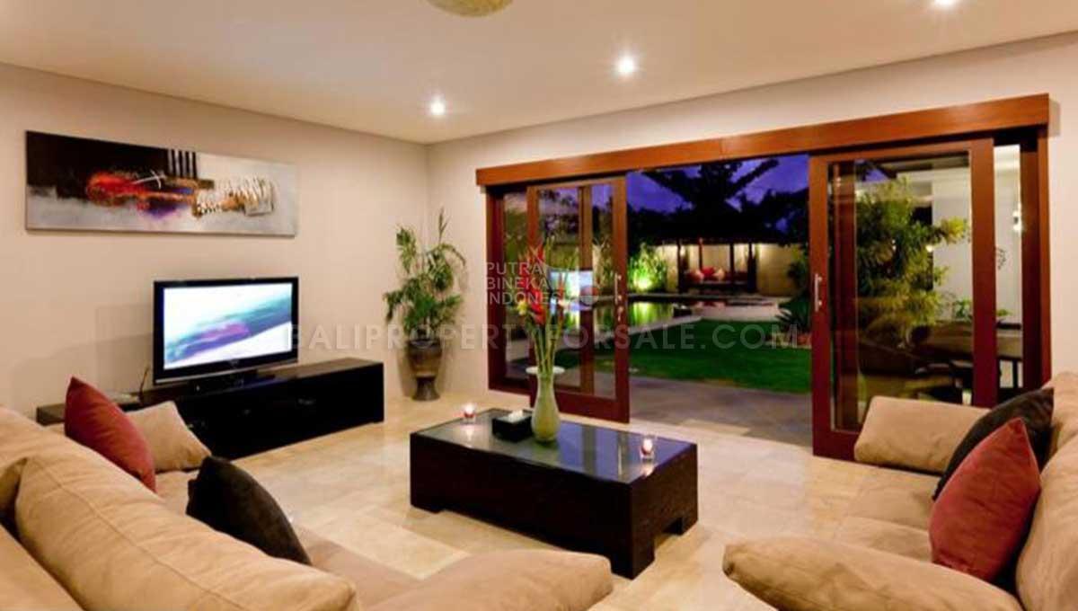 Berawa-Bali-villa-for-sale-FH-0264-k-min