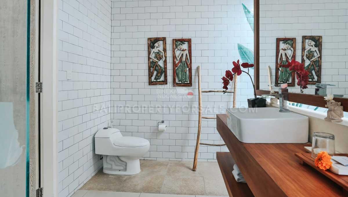 Berawa-Bali-villa-for-sale-FS7046-d-min