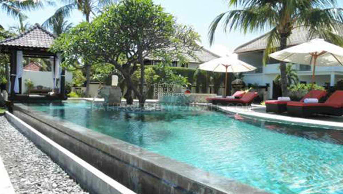 Buleleng-Bali-villa-for-sale---FH-200-m-min