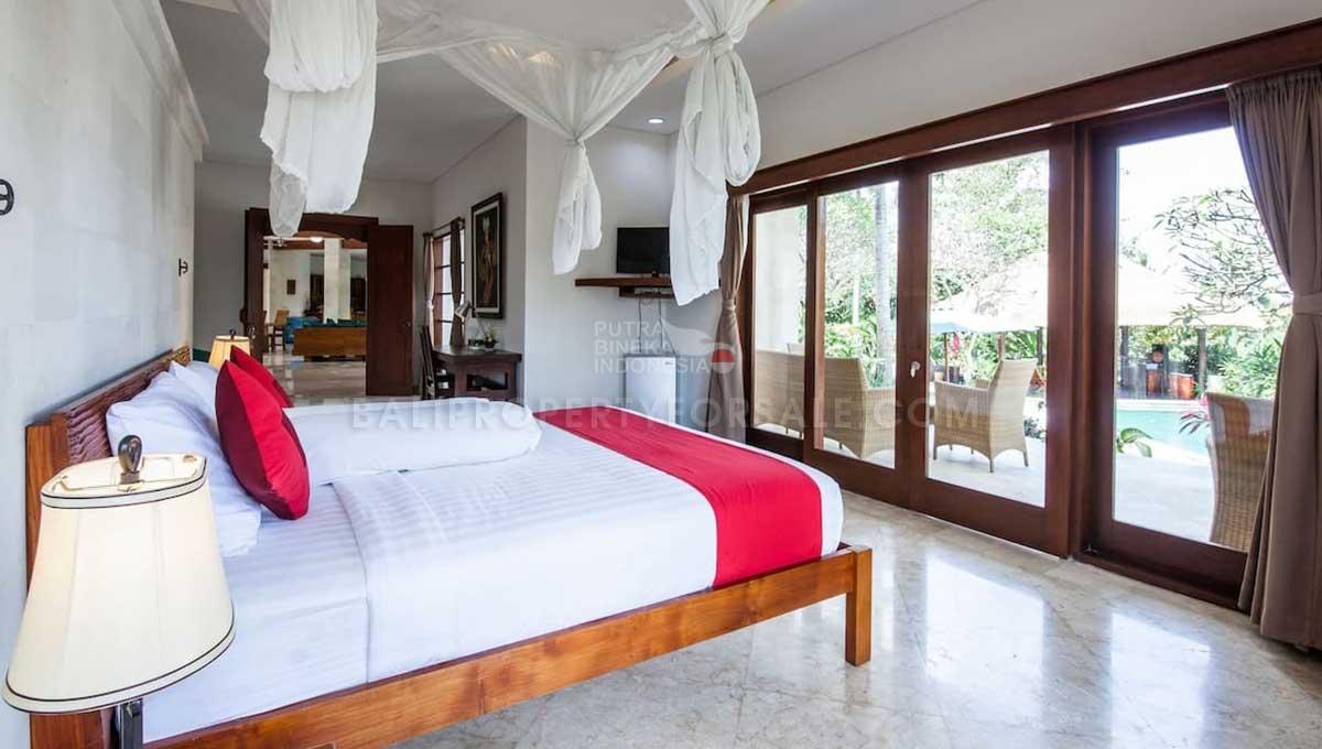 Gianyar-Bali-villa-for-sale-FS7016-h-min