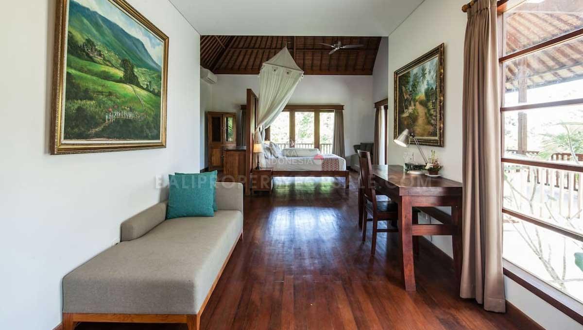 Gianyar-Bali-villa-for-sale-FS7016-n-min
