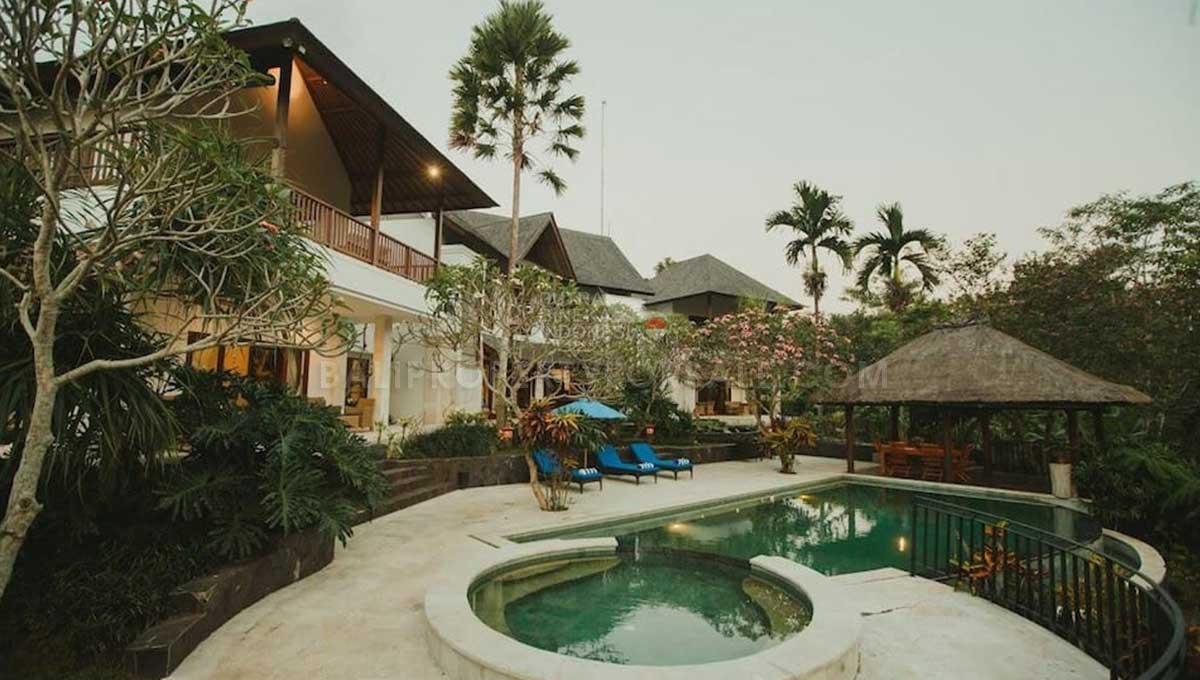 Gianyar-Bali-villa-for-sale-FS7016-s-min