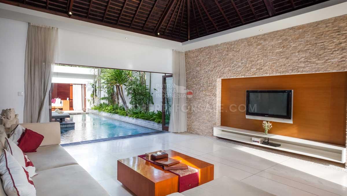 Batu-Belig-Bali-villa-for-sale-FH-0303-e-min