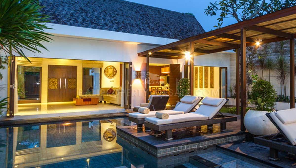 Batu-Belig-Bali-villa-for-sale-FH-0303-h-min
