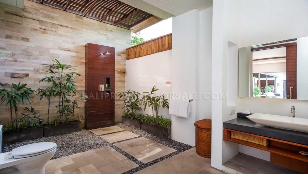 Batu-Belig-Bali-villa-for-sale-FH-0303-j-min