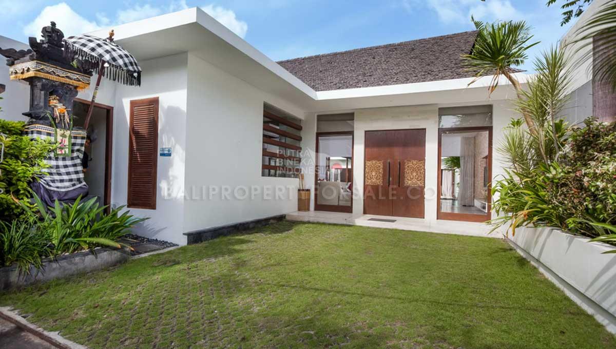 Batu-Belig-Bali-villa-for-sale-FH-0303-k-min