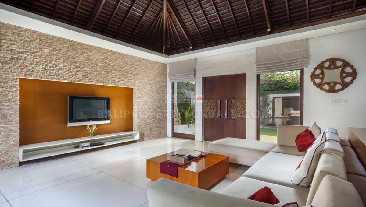 Batu-Belig-Bali-villa-for-sale-FH-0303-o-min