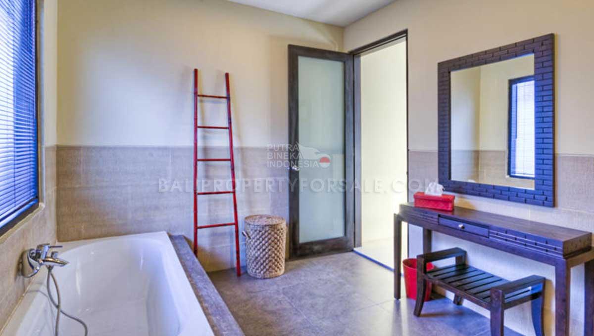 Kerobokan-Bali-villa-for-sale-FH-0294-h-min