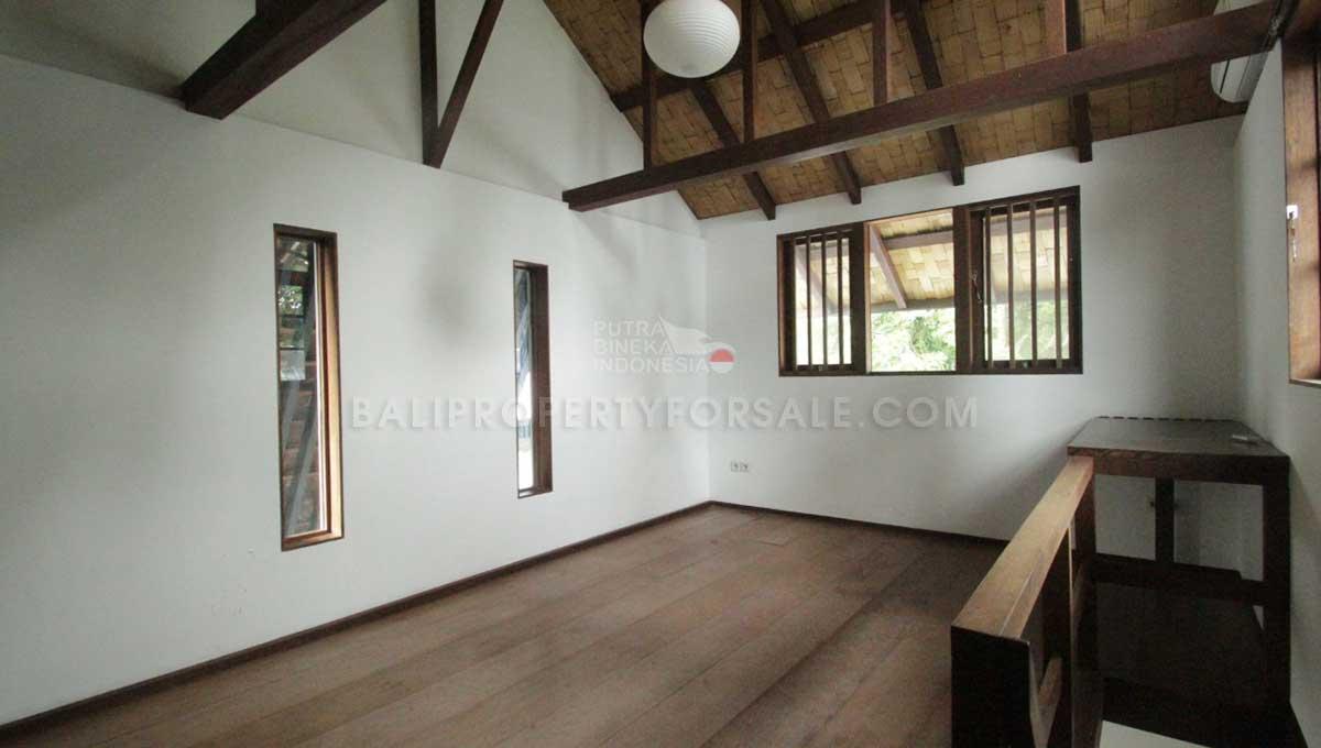 Buwit-Bali-villa-for-sale-FH-0347-f-min