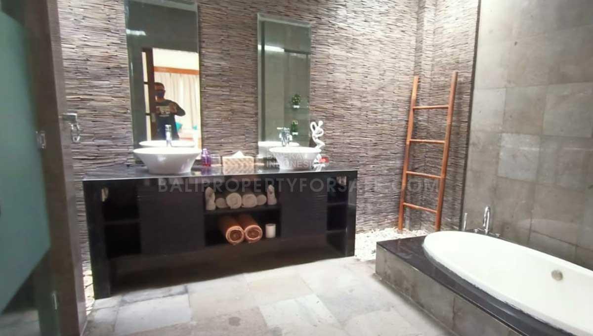 Seminyak-Bali-villa-for-sale-FH-0361-b-min