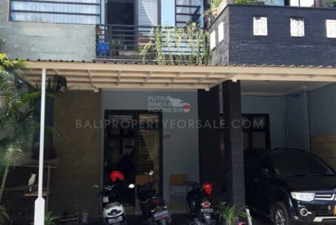 Denpasar-Bali-house-for-sale-FH-0485-n-min