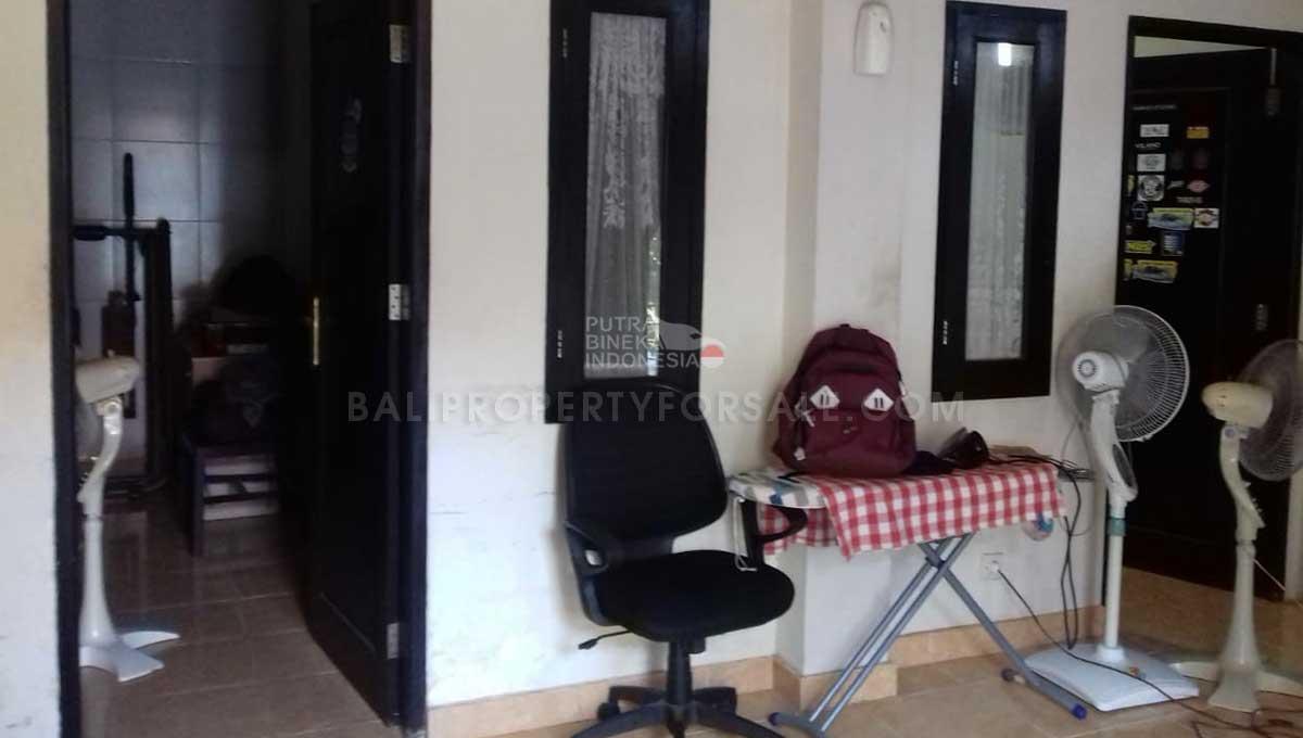 Denpasar-Bali-house-for-sale-FS7068-b-min