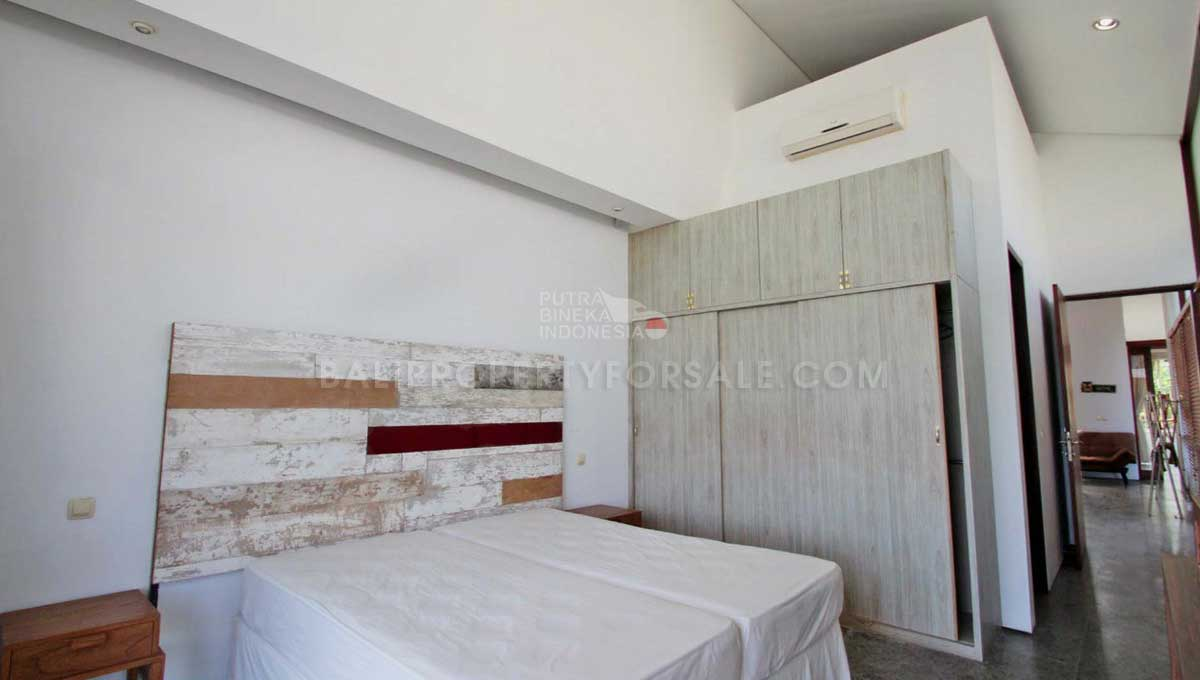 Kerobokan-Bali-villa-for-sale-FS7064-b-min