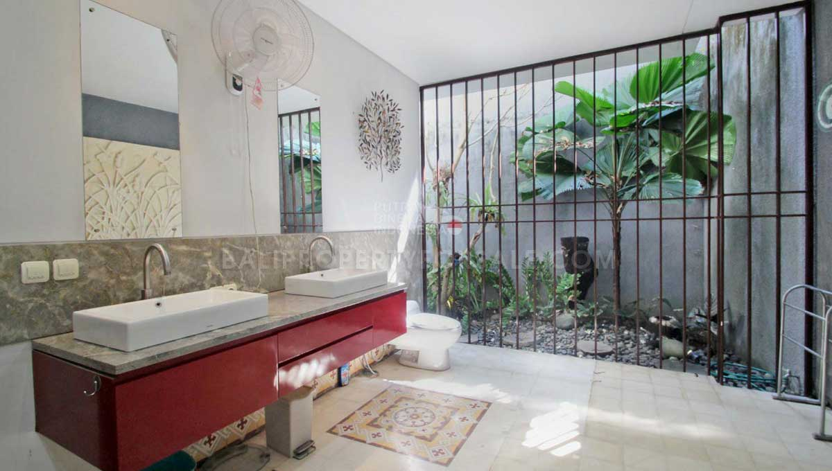 Kerobokan-Bali-villa-for-sale-FS7064-i-min
