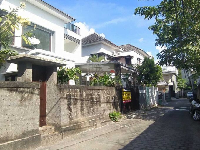Nusa-Dua-Bali-house-for-sale-FH-0498-a-min