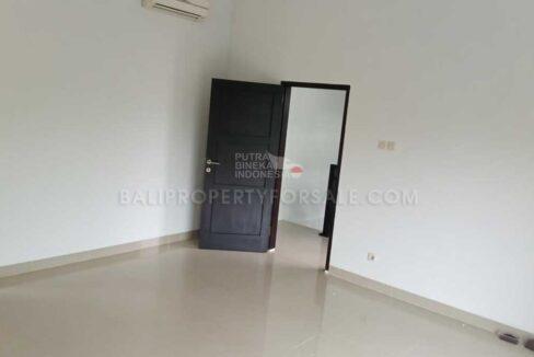 Nusa-Dua-Bali-house-for-sale-FH-0549-b-min