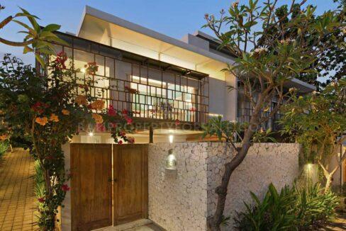 Nusa-Dua-Bali-villa-for-sale-FH-0487-b-min