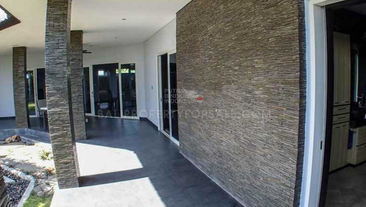 Sanur-Bali-villa-for-sale-FH-0572-g-min