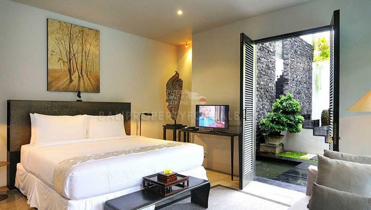 Seminyak-Bali-villa-for-sale-FH-0705-a-min