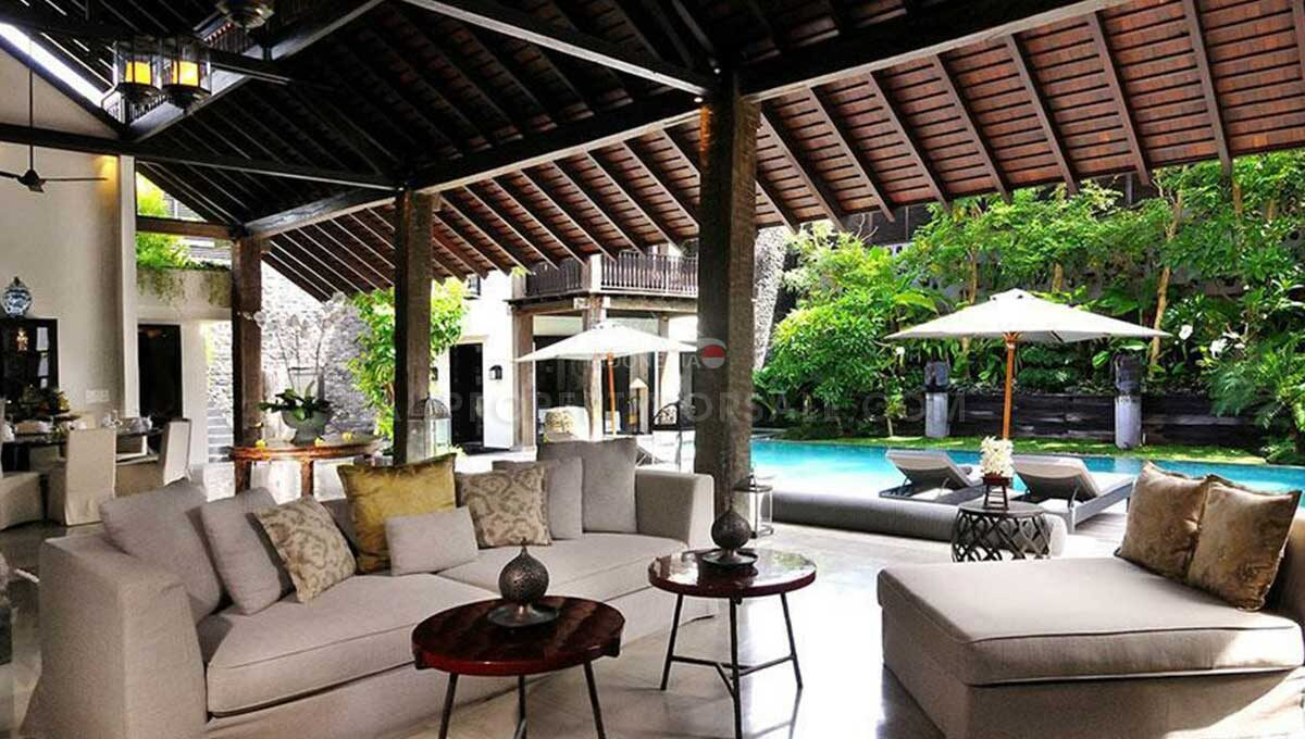 Seminyak-Bali-villa-for-sale-FH-0705-f-min