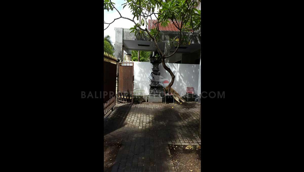 Denpasar-Bali-house-for-sale-FH-0784-b-min