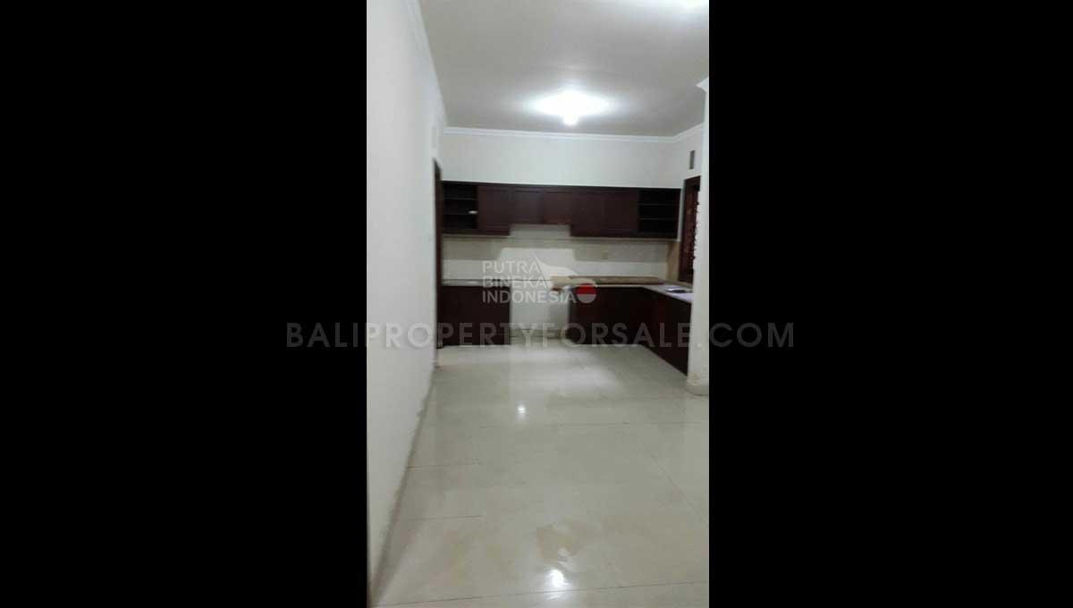 Denpasar-Bali-house-for-sale-FH-0784-g-min