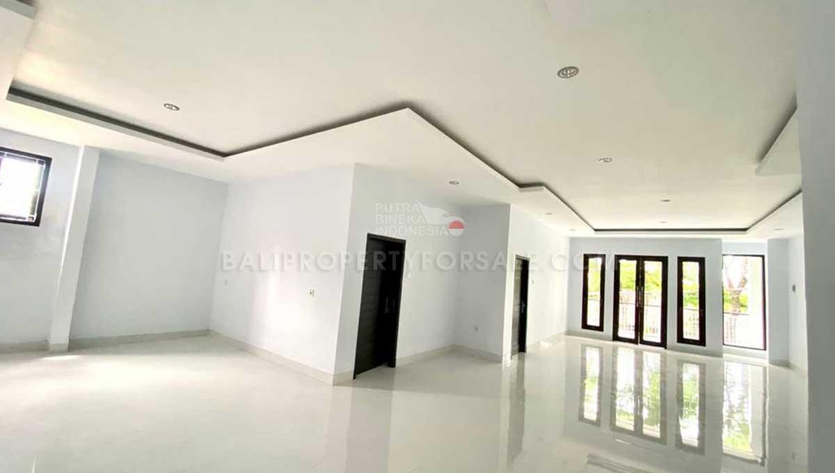 Denpasar-Bali-shop-for-sale-FS7086-b-min