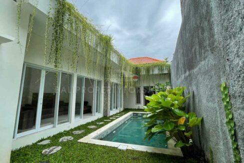 Kerobokan-Bali-villa-for-sale-FH-0770-c-min