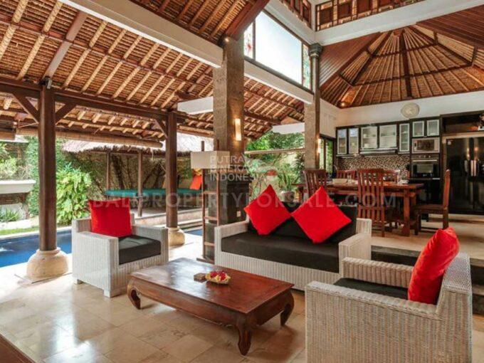 Villa-for-sale-Batu-Belig-FH-1111-c